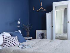 modernipuutalo-denim-makuuhuone