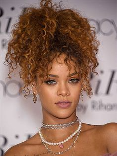 9 Intelligent Cool Tips: Older Women Hairstyles Best Makeup asymmetrical hairstyles lob.Feathered Hairstyles With Fringe older women hairstyles bob. Rihanna Hairstyles, Frontal Hairstyles, Older Women Hairstyles, Hairstyles With Bangs, Trendy Hairstyles, Girl Hairstyles, Braided Hairstyles, Feathered Hairstyles, Curly Haircuts