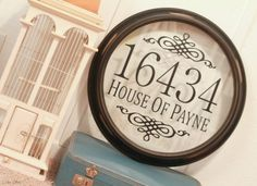 diy address sign using a broken clock, taking out the backing and adding vinyl lettering makes a great address sign for your front porch