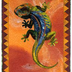 Gobi Gecko art quilt by Susan Carlson Fabric Painting, Fabric Art, Wildlife Quilts, Southwest Quilts, Turtle Quilt, Turtle Pattern, Collage Techniques, Bird Quilt, Desert Art