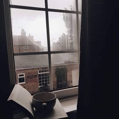 Discover recipes, home ideas, style inspiration and other ideas to try. Autumn Aesthetic, Brown Aesthetic, Aesthetic Boy, Summer Aesthetic, Estilo Dark, Jm Barrie, Slytherin Aesthetic, Sombre, Aesthetic Bedroom
