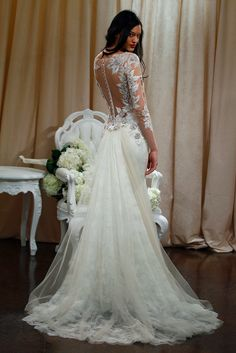 42 Wedding Dresses That Are Gorgeous From The Back  - ELLE.com