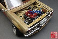Luis Aguilar_Revell Datsun 510 05