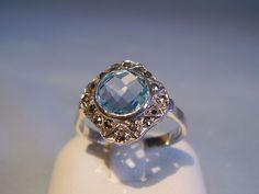 Anello Art Nouveau con topazio blu testato e marcasiti, 1,2 ct.