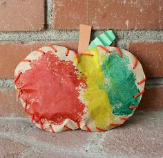 Fall Craft for Kids: Stuffed Paper Apples~ Buggy and Buddy