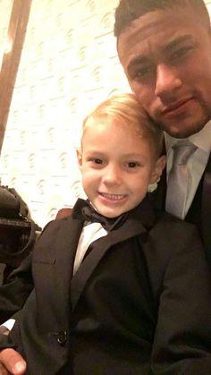 Neymar with Davi at the wedding (02/07/16)