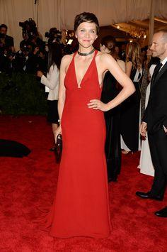 Maggie Gyllenhaal - Calvin Klein.