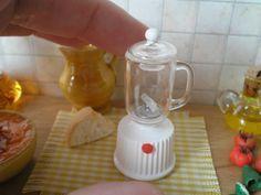 Inspiration for electric mixer (collect the pieces for this DIY miniature) | Source: Las casitas de Narán