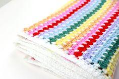 Striped Rainbow Baby Blanket   FREE Crochet Pattern Using The Block Stitch - Sigoni Macaroni Baby Afghan Crochet, Afghan Crochet Patterns, Baby Afghans, Crocheted Afghans, Crochet Blankets, Crochet Stitches, All Free Crochet, Double Crochet, Kids Blankets