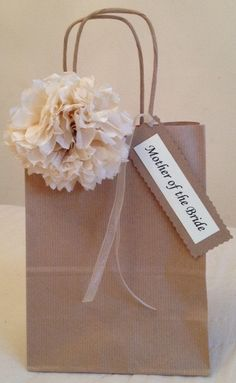 Items similar to Beautiful Hand Finished Personalised Wedding Favour Gift Bag on Etsy Wedding Welcome Gifts, Wedding Gift Bags, Cute Gifts, Diy Gifts, Diy Paper Bag, Decorated Gift Bags, Craft Packaging, Gift Wraping, Paper Flowers Craft