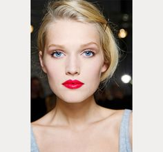 soft neutral eyes with bright red lips ~ we ❤ this! moncheribridals.com