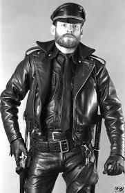 Boy sado Masó leather.