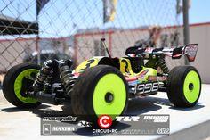 Dani Bernabe créé la surprise aux essais chronos - Circus RC News Remote Control Cars, Radio Control, Rc Buggy, Rc Cars And Trucks, Dani, Kit Cars, Scale Models, Offroad, Bugs