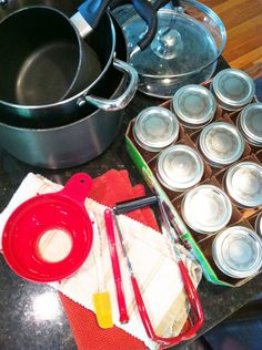 Canning to preserve seasonal favorites. I want to use this for all the fresh berries! Canning Tips, Home Canning, Canning Recipes, Jam Recipes, Cooker Recipes, Delicious Recipes, Crockpot Recipes, Recipies, Dinner Recipes