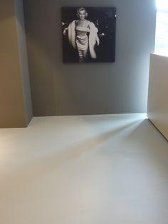 Design Gietvloer - Plintloze vloeraansluiting