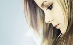 Avril Lavigne [Tiffany Whitman]