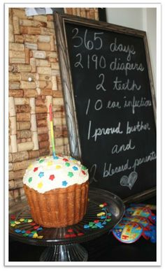 Love these ideas... momarazzi!!!  InspireMe Crafts: First Birthday Party: One Year in a Flash