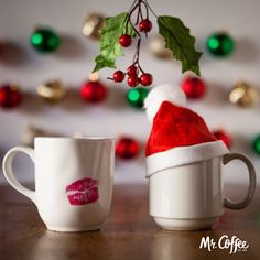 Hey ☕ , meet me under the mistletoe.  React with ❤️  if you're spending the holidays with your loved ones!