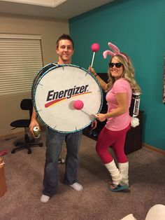Energizer bunny and drum couples costume- great DIY Halloween outfits