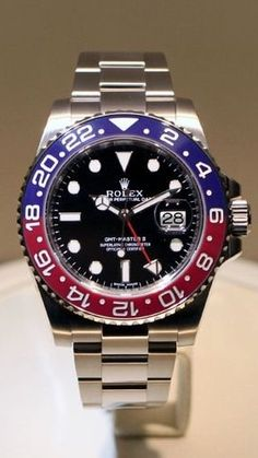 """Your First Look At The New Rolex GMT-Master II In White Gold With """"Pepsi"""" Cerachrom Bezel — HODINKEE"""