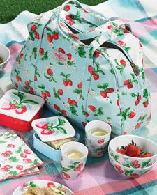 Cath Kidston Strawberry picnic set - just in time for Wimbledon Picnic Set, Picnic Time, Country Picnic, Cath Kidston Home, Strawberry Fields, Pip Studio, The Breakfast Club, Kids Bags, One Design