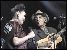 Compay Segundo e Omara Portuondo - Veinte años - Heineken Concerts 1999 - YouTube