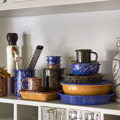 We love HAY's new speckled enamel collection, ideal to have loose pieces or to combine colors and different pieces (glasses, plates, bowls . Enamel Dishes, Kitchenware, Tableware, Herb Pots, Utensil Holder, Salad Bowls, Dining Furniture, Kitchen Accessories, Hand Made