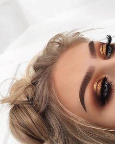 44 Awesome Golden Smokey Eye Makeup with a bang of gold. # gilded 44 Awesome Golden Smokey Eye Makeup with a bang of gold. 44 Awesome Golden Smokey Eye Makeup with a bang of gold. # gilded 44 Awesome Golden Smokey Eye Makeup with … Glam Makeup, Skin Makeup, Makeup Inspo, Makeup Inspiration, Beauty Makeup, Makeup Ideas, Makeup Hacks, Makeup Brushes, Makeup Eyeshadow