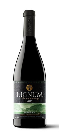 Label design for the Chardonnay wine brand Lignum by studio Supremum Design. #design #wine #supremumdesign #winery #bottle #label #package #packagedesign #red #Chardonnay #packaging #logo #inspiration #black #вино #этикетка #упаковка #designinspiration #studio #art