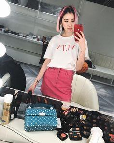 Irene Kim, On Set, Role Models, Korean, Chinese, Japanese, Shoulder Bag, Hair, Outfits
