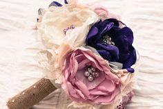 Тканевые цветы или чем заканчиваются прогулки в соц сетях))))