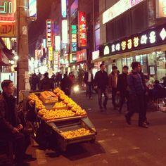 .@yohko426   街のいろんな角度から見る風景が好きです。 #富平市場 #부평시장 #釜山 #korea #부...   Webstagram