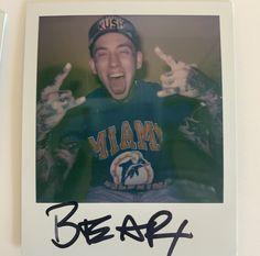 Daddy Bear, Bear Wallpaper, Pictures Of People, Best Artist, Black Bear, Cute Guys, Punk Rock, Wall Collage, Pretty Boys