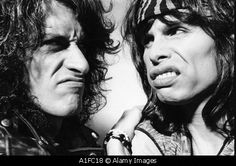 The Toxic Twins - Joe Perry & Steven Tyler / Aerosmith Music Love, Music Is Life, Good Music, Brad Whitford, Steven Tyler Aerosmith, Joe Perry, Tyler Perry, My Favorite Music, Hard Rock