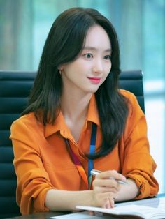 She Would Never Know เรื่องย่อ : ซีรีส์โรแมนติกที่สร้างจากนวนิยายออนไลน์ชื่อดังเมื่อปี 2017 เป็นเรื่องราวความโรแมนซ์ในออฟฟิศระหว่าง พนักงานใหม่ที่ทั้งหล่อและจริงใจกับรุ่นพี่สาวในที่ทำงาน Unexpected Relationships, Jung Il Woo, Lee Hyun, Gumiho, Kim Ji Won, Drama Korea, The A Team, Drama Series, Korean Model
