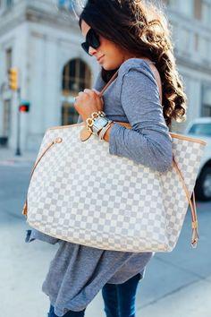 2018 LV Trends For Women Style,New Louis Vuitton Handbags Collection Gucci Handbags, Luxury Handbags, Louis Vuitton Handbags, Louis Vuitton Monogram, Designer Handbags, Louis Vuitton Neverfull Gm, Clutch, Vuitton Bag, Louis Vuitton Diaper Bag