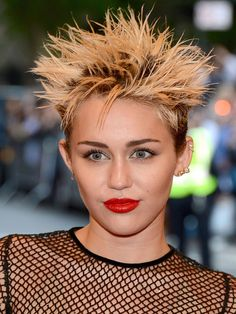 The top 10 beauty WTF moments from the 2013 Met Ball: Miley Cyrus http://beautyeditor.ca/2013/05/09/the-top-10-beauty-wtf-moments-from-the-2013-met-ball-what-were-these-celebs-thinking/