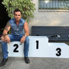 Shannon Noll Is Australia's Biggest Star; Fans Want Him at Eurovision - http://www.australianetworknews.com/shannon-noll-australias-biggest-star-fans-want-eurovision/