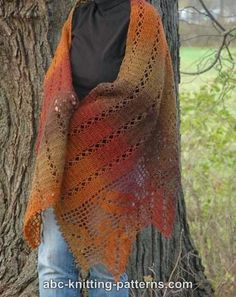 Crochet Edging And Borders Autumn Leaves Filet Crochet Shawl Free Pattern - There are crochet wraps for every season and they come in every shape and stitch. Here are 10 free crochet shawl patterns to try! Crochet Shawl Free, Crochet Shawls And Wraps, Knitted Shawls, Filet Crochet, Easy Crochet, Crochet Hats, Crochet Edgings, Double Crochet, Shawl Patterns