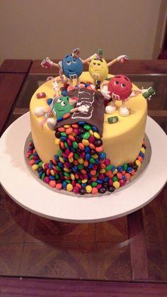Version especial de m&m para mi amiga rosita Birthday Cake, Desserts, Food, Caves, Tailgate Desserts, Birthday Cakes, Meal, Dessert, Eten