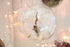 DIY: Weihnachtliche Deko-Kugeln #Weihnachtsdeko #Dekoideen