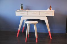 Unique dip dye desk and stool by TAATMAAKT on Etsy