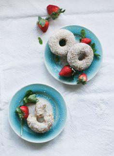 Coconut Vanilla Donuts : vegan & gluten free