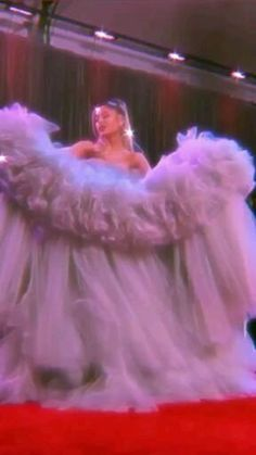 Ariana Grande Grammys, Ariana Grande Songs, Ariana Grande Cute, Ariana Grande Photoshoot, Ariana Grande Pictures, Badass Aesthetic, Aesthetic Movies, Bad Girl Aesthetic, Purple Aesthetic