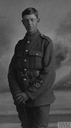 WWI, 23 July 1917, aged 19 years, Private Philip George Holmes was killed in action, Western Front. ©IWM HU 115827