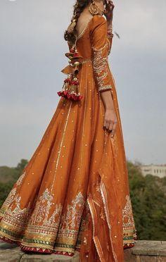 Naazgul A - Pakistani dresses Simple Pakistani Dresses, Pakistani Fashion Casual, Pakistani Dress Design, Pakistani Gharara, Indian Fashion, Desi Wedding Dresses, Pakistani Wedding Outfits, Punjabi Wedding, Wedding Wear