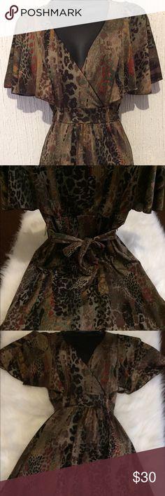 👗👠 Leopard Dress👗💄 👗👠 Leopard Dress👗💄. Belt adjust to your weist. 😍 Just love it, soft material. It will fit  Medium. Dresses Midi