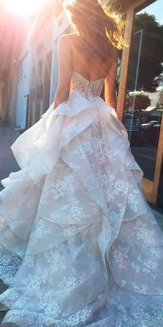 beautiful wedding dresses a line strapless open back with ruffled skirt monique lhuillier