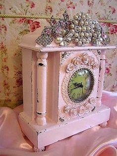 Love this Beautiful Shabby Clock