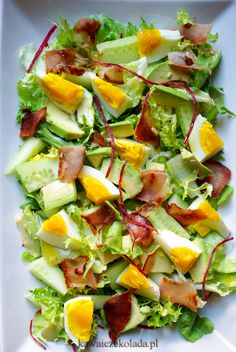 Hot Dogs, Salad Recipes, Avocado, Salads, Lunch Box, Food And Drink, Cooking, Fitness, Haha